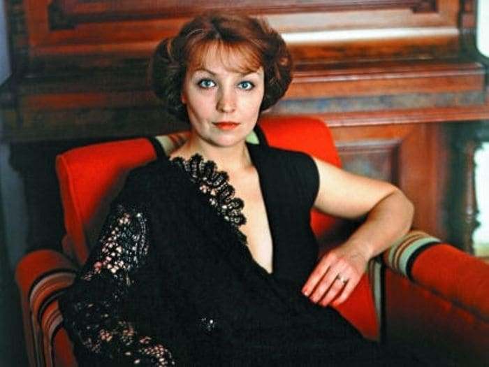 Одна из самых красивых отечественных актрис Ольга Остроумова | Фото: sobesednik.ru