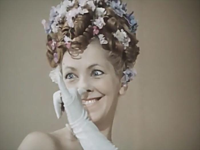 Ольга Волкова в фильме *Летучая мышь*, 1978 | Фото: kino-teatr.ru