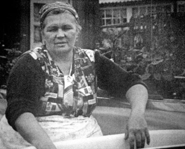 Нинель Овечкина, мать семейства