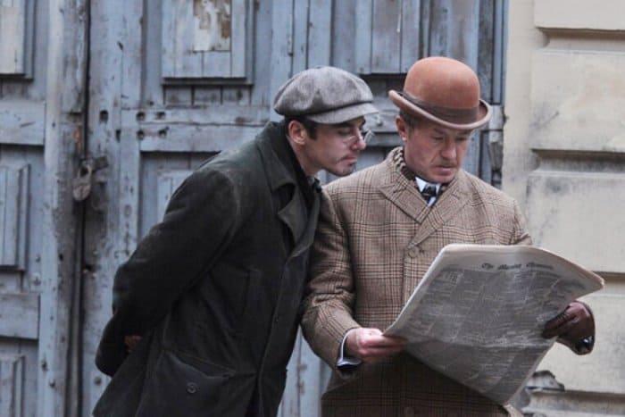Кадр из сериала *Шерлок Холмс*, 2013 | Фото: filmpro.ru