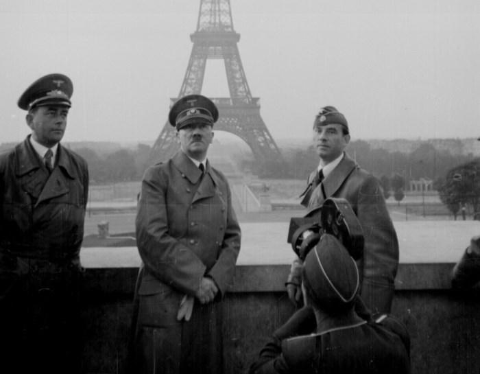 Гитлер в оккупированном Париже