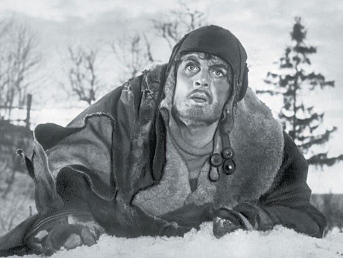 Павел Кадочников в фильме *Повесть о настоящем человеке*, 1948 | Фото: tele.ru
