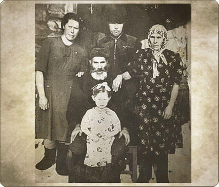 Семья Пелагеи Закурдаевой | Фото: mypensiya.mirtesen.ru