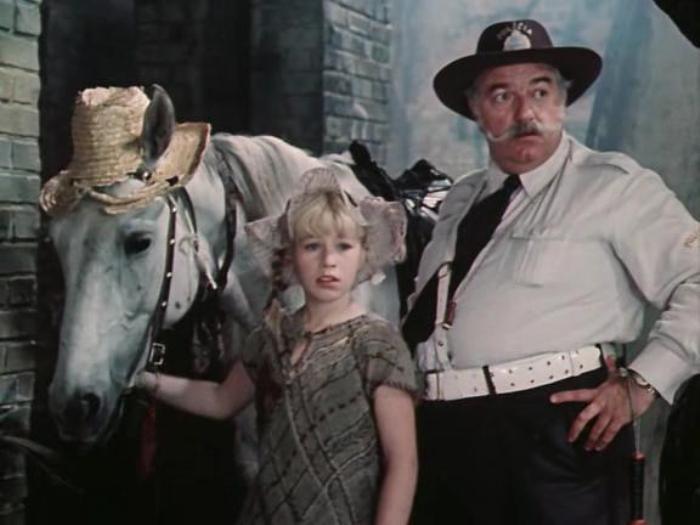 Кадр из фильма *Пеппи Длинныйчулок*, 1984 | Фото: mylovefilm.org