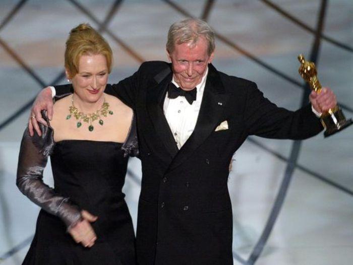 Актер на вручении почетного *Оскара* | Фото: 2queens.ru