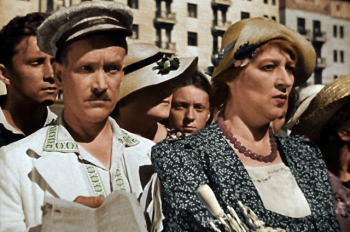 Петр Репнин и Фаина Раневская в фильме *Подкидыш*, 1939 | Фото: aif.ru