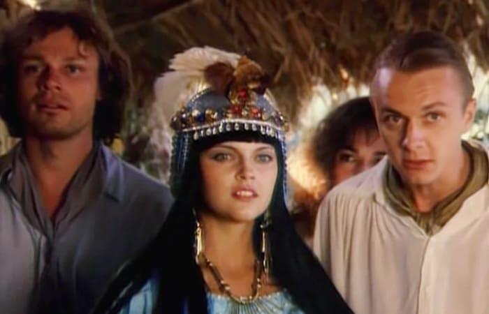 Кадр из фильма *Сердца трех*, 1992 | Фото: sm-news.ru