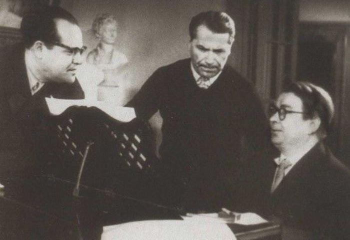М. Матусовский, Марк Бернес и В. Соловьев-Седой | Фото: profilib.com