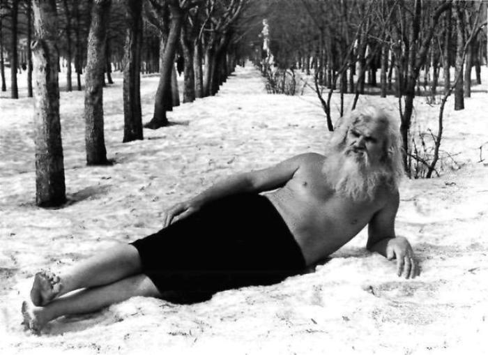 Самый популярный в СССР в 1980-х гг. целитель Порфирий Иванов | Фото: ruspekh.r