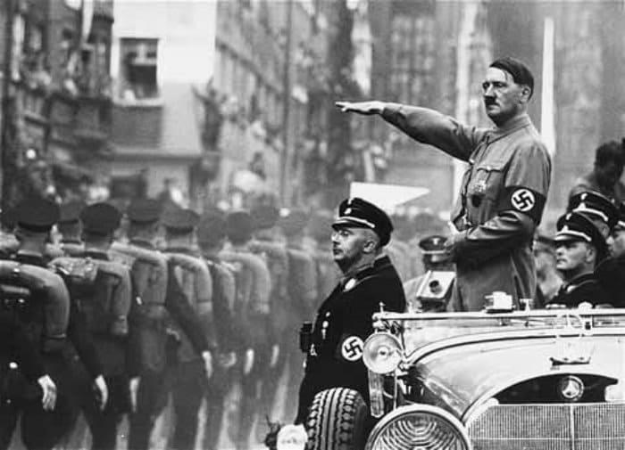 И сторонники, и противники Гитлера находили у Нострадамуса подтверждение своих взглядов | Фото: techno.bigmir.net