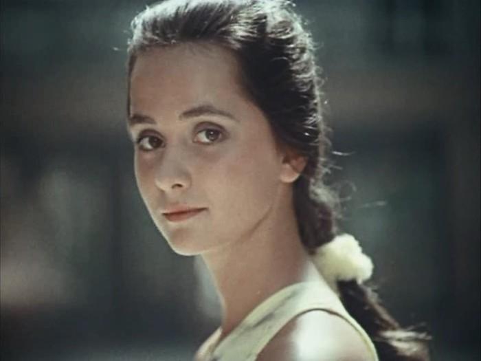 Ольга Кабо в фильме *Приморский бульвар*, 1988   Фото: kino-teatr.ru