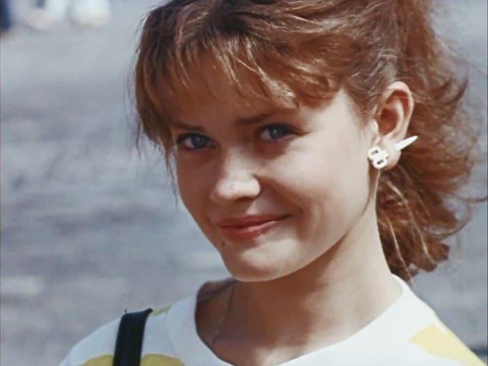 Анна Назарьева в фильме *Приморский бульвар*, 1988   Фото: kino-teatr.ru