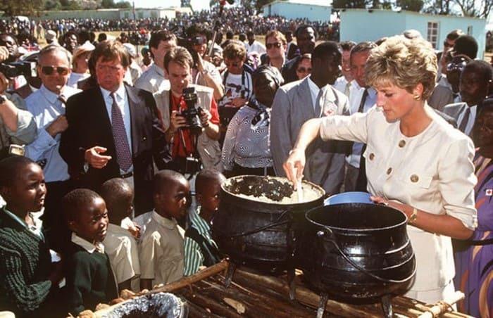Принцесса Диана в Зимбабве | Фото: boom.ms