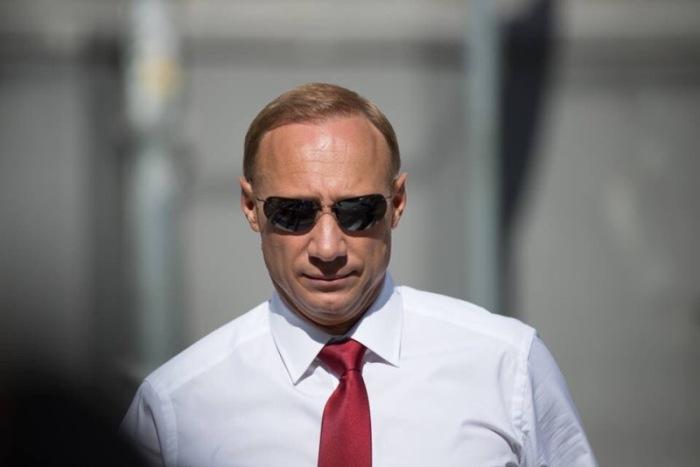 Анатолий Горбунов стал актером благодаря внешнему сходству с Путиным | Фото: kino-teatr.ru