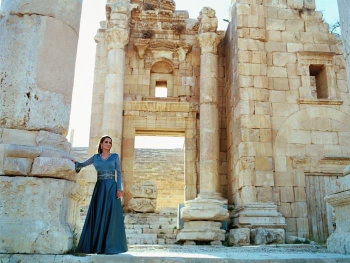 Королева с внешностью супермодели | Фото: top-antropos.com