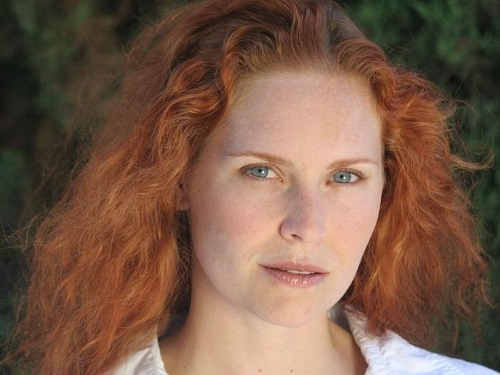 Рыжеволосых женщин раньше опасались и называли ведьмами