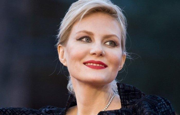 Актриса, режиссер, сценарист, телеведущая Рената Литвинова | Фото: ru.sm.news