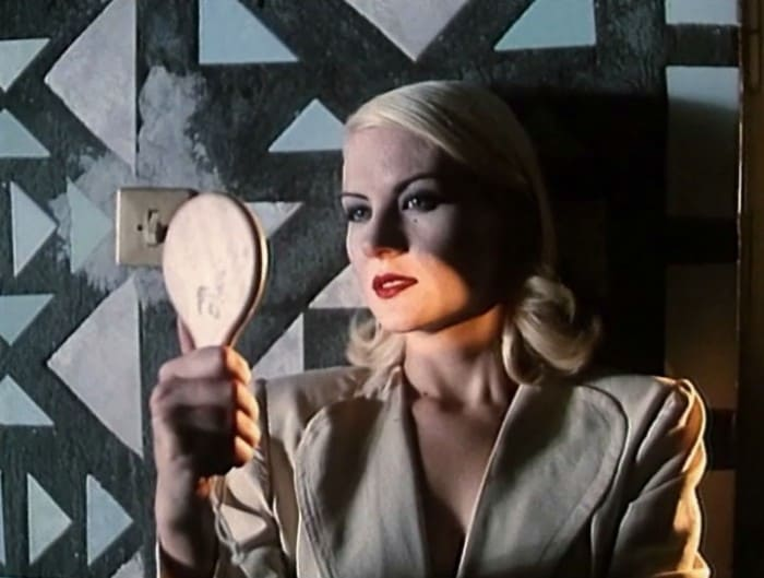 Рената Литвинова в фильме Киры Муратовой *Три истории*, 1997 | Фото: kino-teatr.ru
