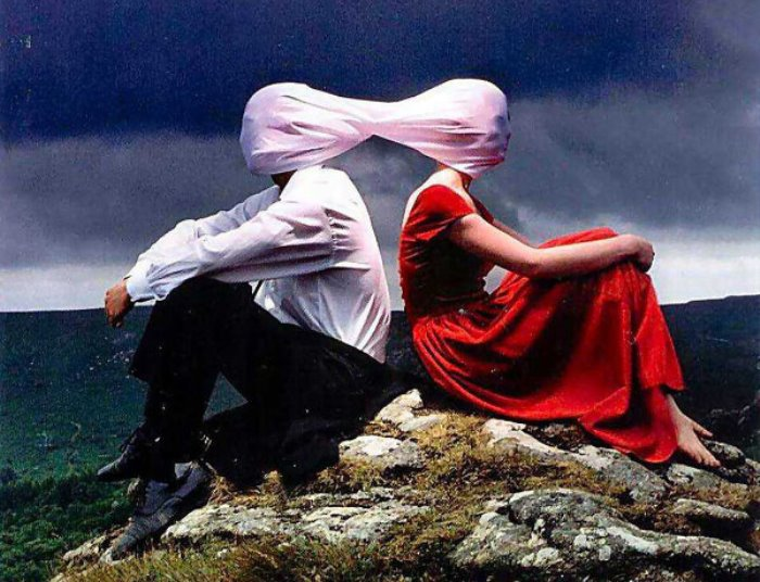 Обложка дебютного альбома британской группы *Funeral For a Friend*, 2003. Фото: Интернет