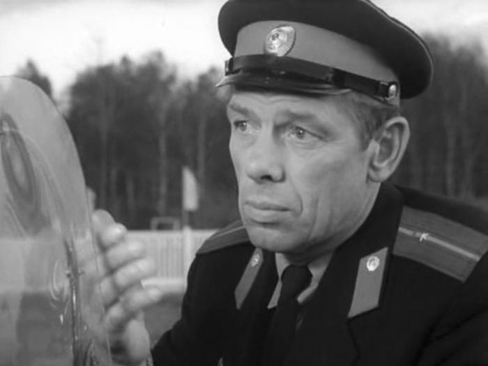 Георгий Жженов в фильме *Берегись автомобиля*, 1966