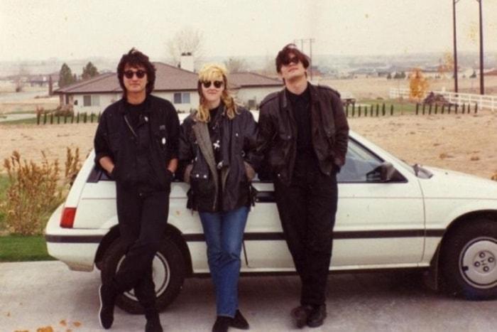 Виктор Цой, Джоанна Стингрей и Юрий Каспарян во время поездки в США, 1989 | Фото: foto-history.livejournal.com