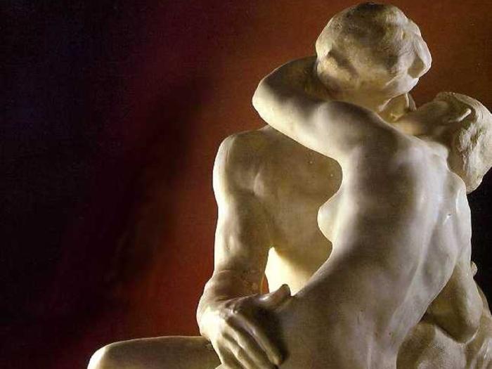 Огюст Роден. Поцелуй. Фрагмент | Фото: rodin-web.org