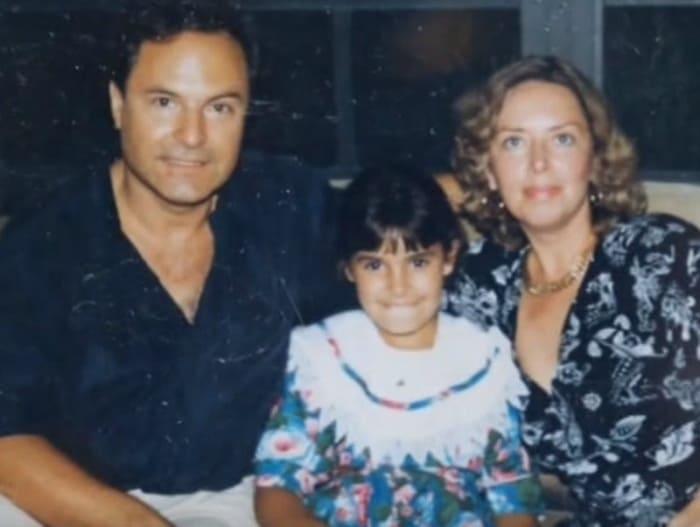 Режиссер со второй женой и ее дочерью от первого брака | Фото: vokrug.tv
