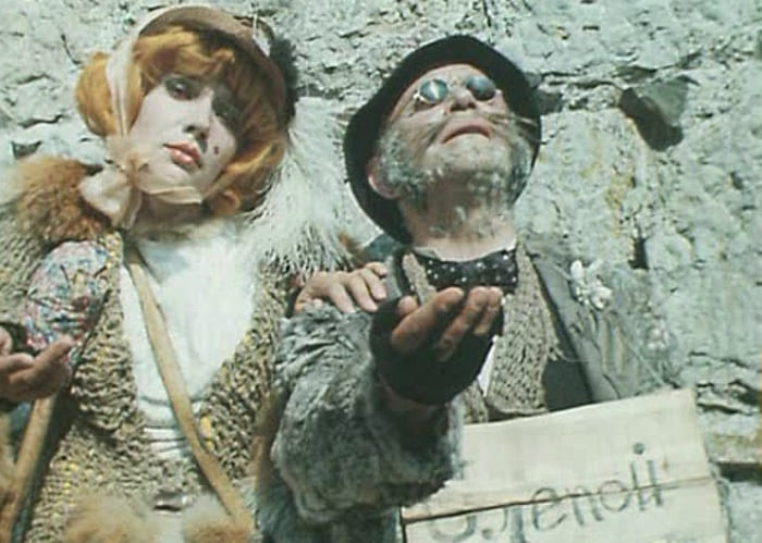 Елена Санаева и Ролан Быков в фильме *Приключения Буратино*, 1975 | Фото: chtoby-pomnili.net