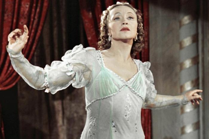 Галина Уланова в роли Джульетты, 1954   Фото: kino-teatr.ru