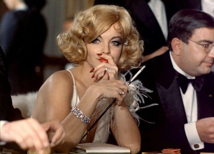 Роми Шнайдер в фильме *Адское трио*, 1974 | Фото: kino-teatr.ru