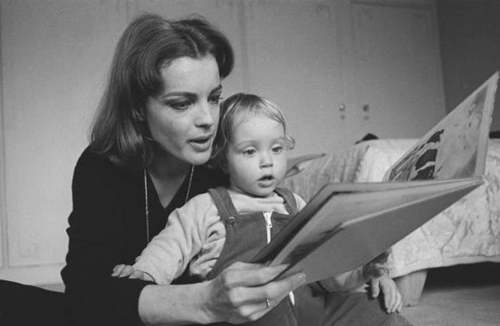 Актриса с сыном | Фото: dw.com