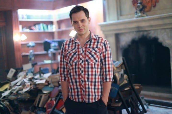 Александр Асташенок в сериале *Закрытая школа*, 2011 | Фото: biographe.ru