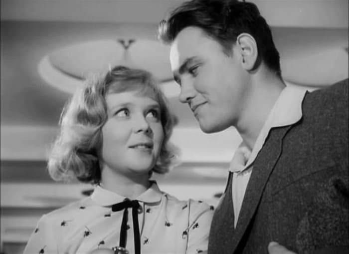 Кадр из фильма *Солдатское сердце*, 1958 | Фото: kino-teatr.ru
