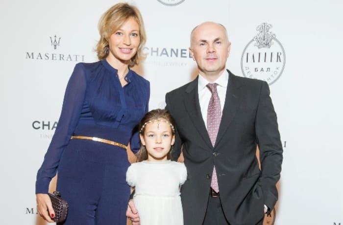 Татьяна Завьялова с мужем и дочерью | Фото: stuki-druki.com