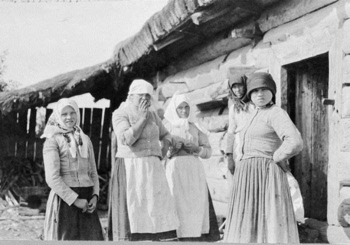 фото русских деревенских женщин
