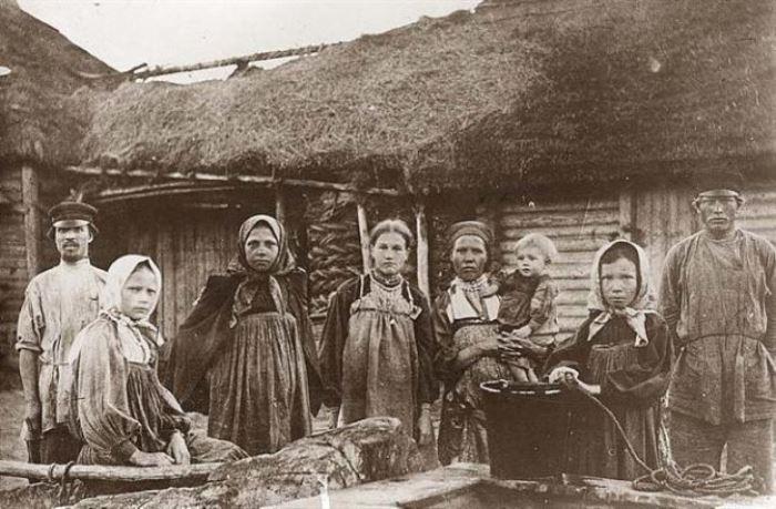Секс взрослых баб с мальчиками в деревне фото 58-491