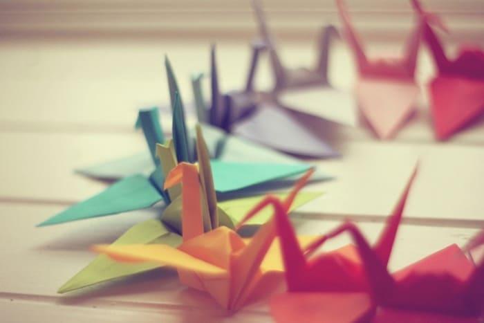 Бумажные журавлики разлетелись по всему миру | Фото: paperkawaii.com