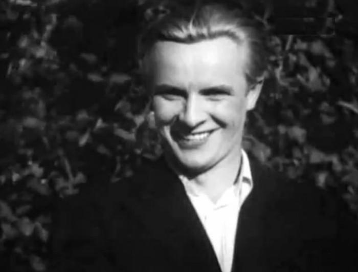 Евгений Самойлов в фильме *Случайная встреча*, 1936 | Фото: kino-teatr.ru