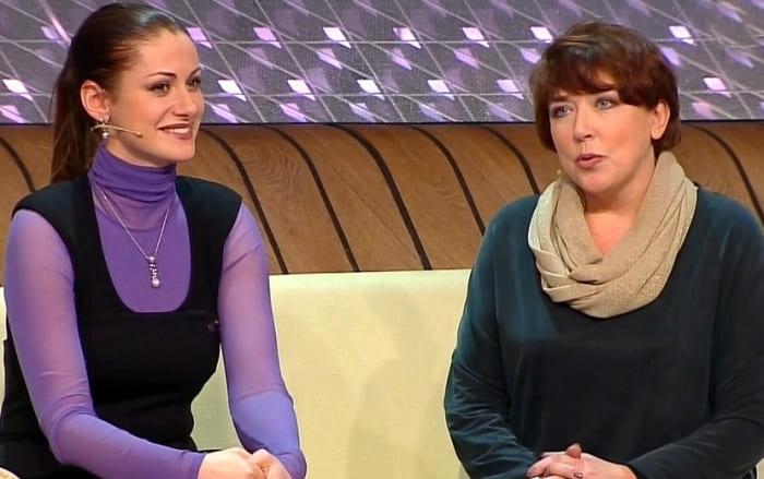 Анна Ковальчук и Елена Топильская | Фото: ruspekh.ru