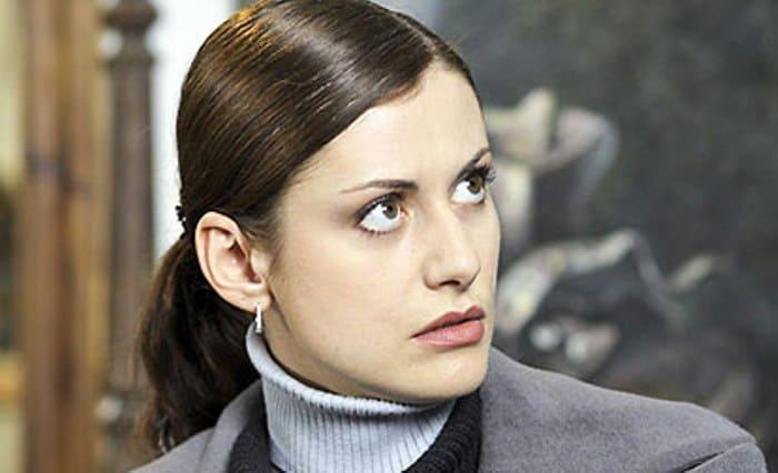 Анна Ковальчук в сериале *Тайны следствия-2*, 2002 | Фото: kino-teatr.ru