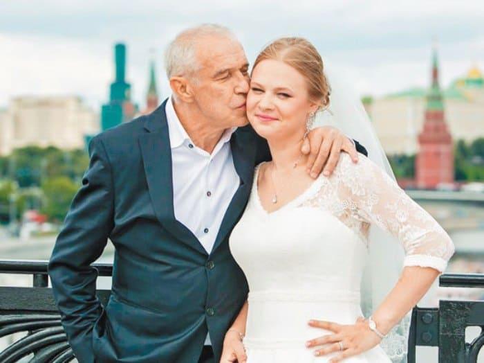 Актер с дочерью Дарьей | Фото: tele.ru