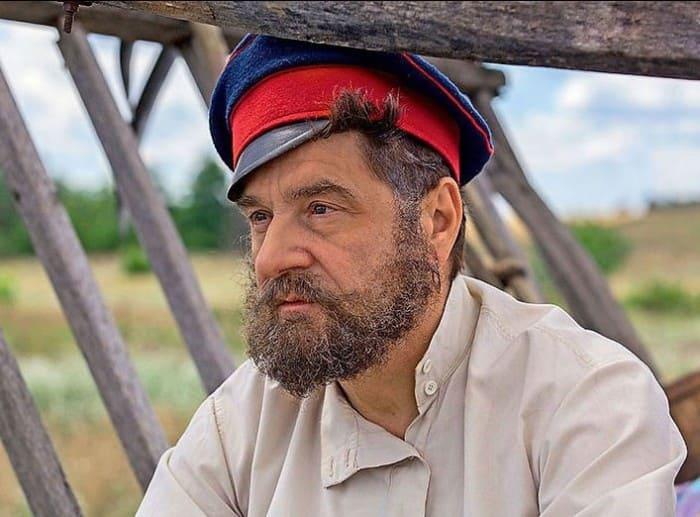 Сергей Маковецкий в сериале *Тихий Дон*, 2015   Фото: kino-teatr.ru