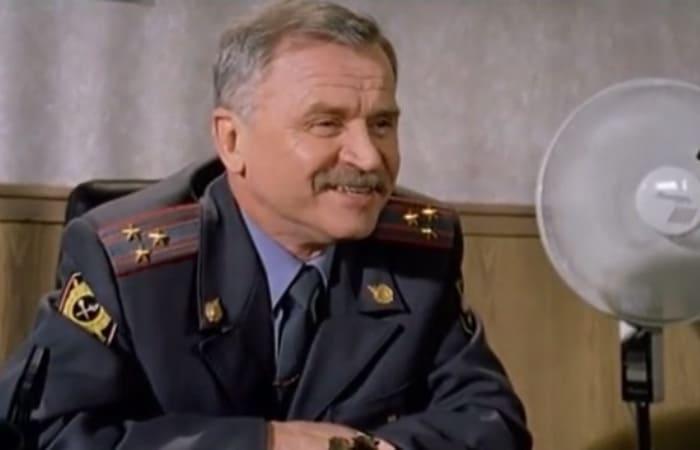 Сергей Никоненко в сериале *Каменская-1*, 1999 | Фото: kino-teatr.ru