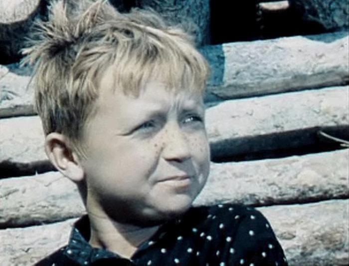 Сережа Тихонов в *Сказке о Мальчише-Кибальчише*, 1964 | Фото: kino-teatr.ru
