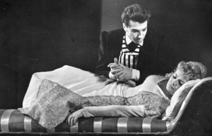 Сергей Юрский в спектакле *Горе от ума* | Фото: uznayvse.ru