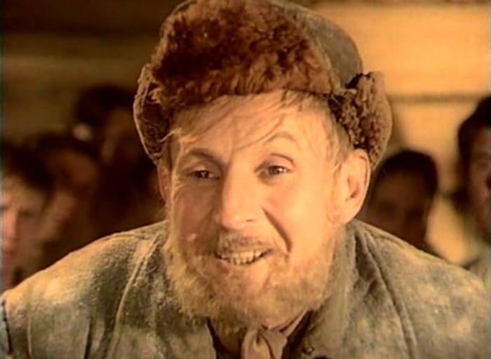 Борис Новиков в роли *Купи-продай* | Фото: kino-teatr.ru