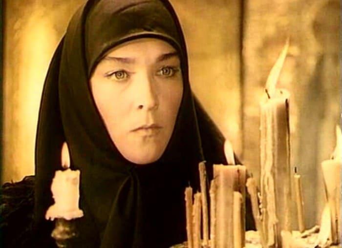 Александра Завьялова в роли Пистимеи | Фото: kino-teatr.ru