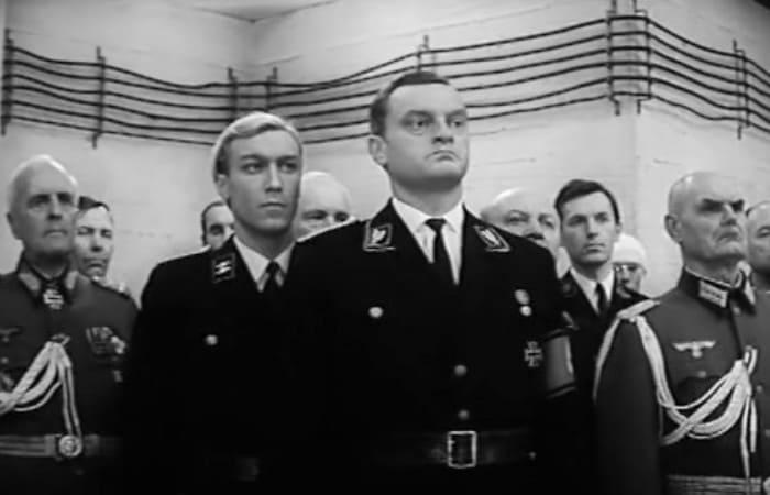 Кадр из фильма *Щит и меч*, 1968   Фото: kino-teatr.ru