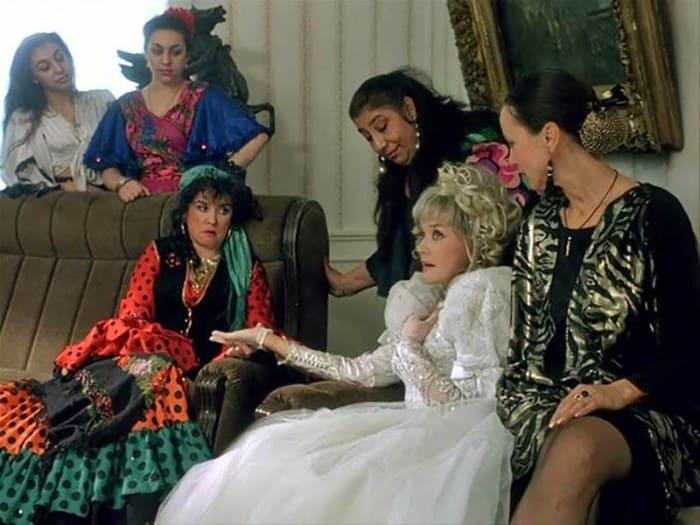 Кадр из фильма *Ширли-мырли*, 1995 | Фото: vokrug.tv