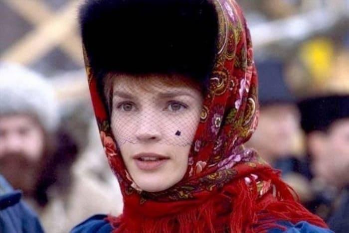 Джулия Ормонд в фильме *Сибирский цирюльник*, 1998 | Фото: vokrug.tv